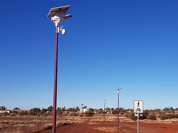 3.Solar-Street-Light-With-CCTV-camera-Solution