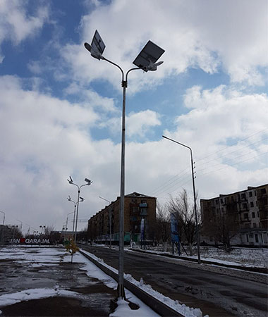 3.solar-street-light-with-built-in-battery