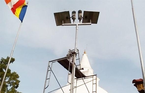 4.-solar-panel-street-light