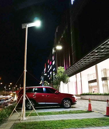 5 solar integrated street light