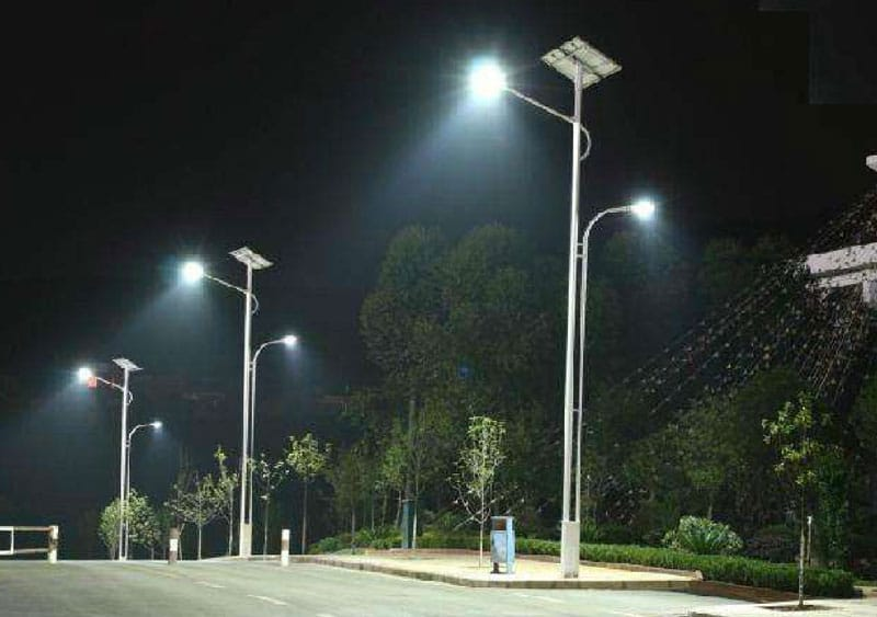5-solar-powered-street-lights-nigeria