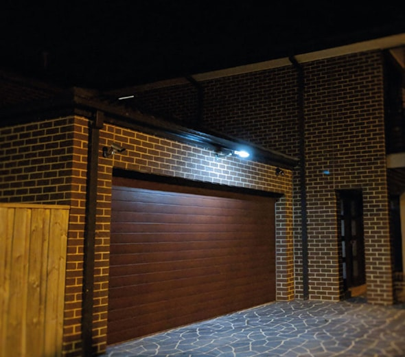 6.-10-watt-garage-lighting