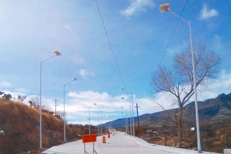 solar-road-street-light-in-mexico